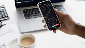 موفقیت در سرمایه گذاری ارزهای دیجیتال مصطفی روشنی